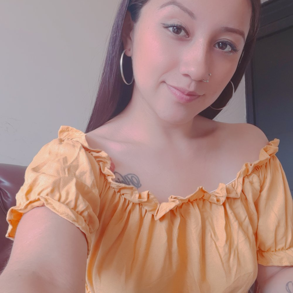 Watch crystall_o live on cam at StripChat