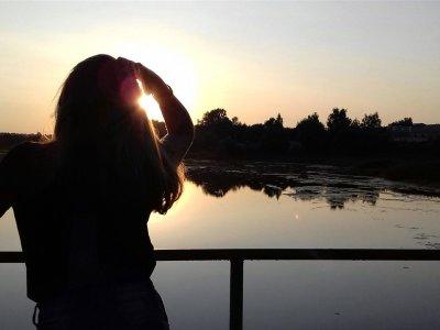 Monica_Sunrise Live