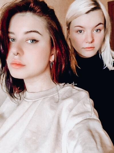 Lana_and_mandy
