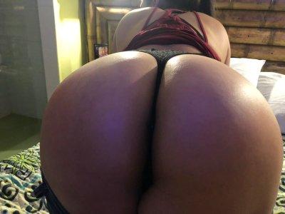 Scarlet_hot
