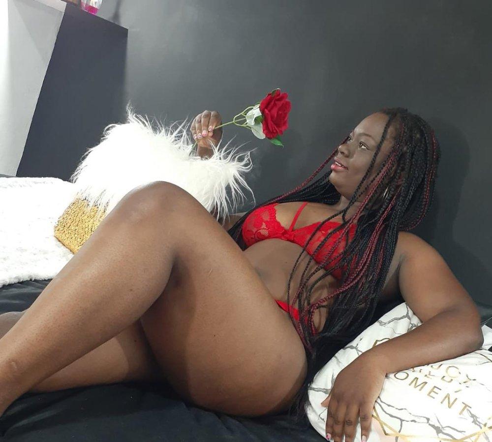 suejoness at StripChat