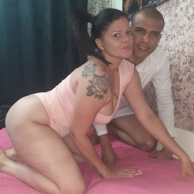 Boyhot_and_maturehorny