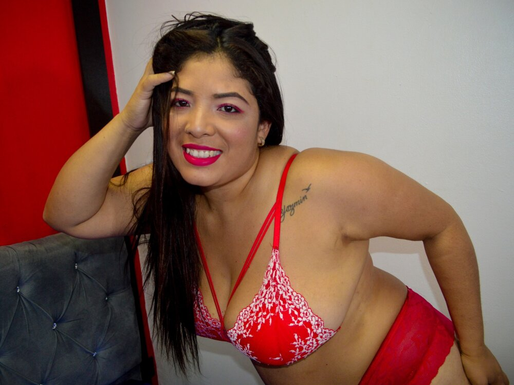 Watch KimMiiller live on cam at StripChat