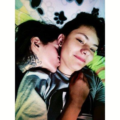 Young_lesbians24 Room
