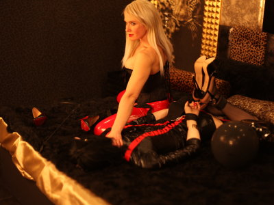 MistressNormaWithslave