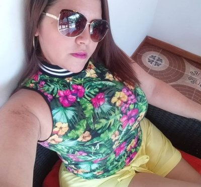 Bella_Saenz