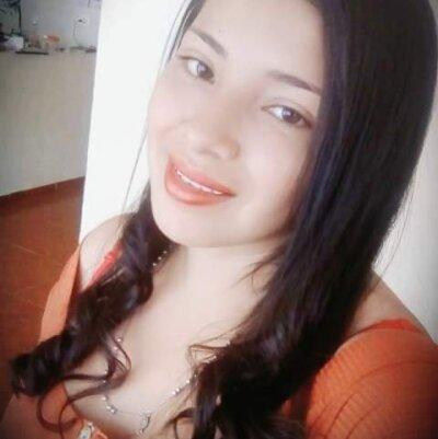 Angelina_reese