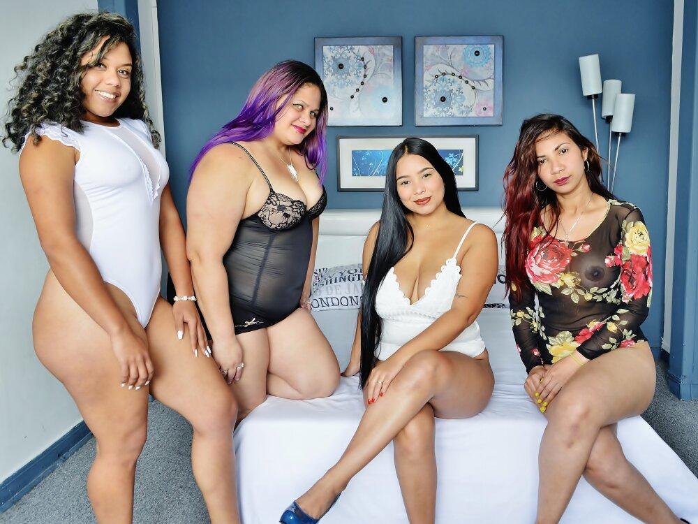 SexyxxxLatinas at StripChat