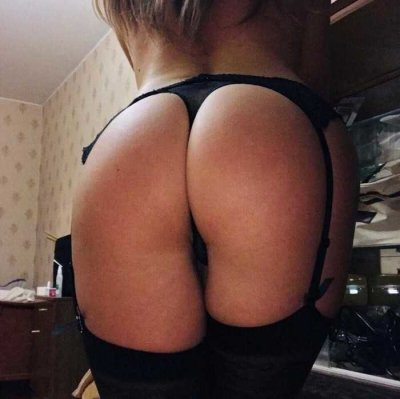 Julia_Kiss6