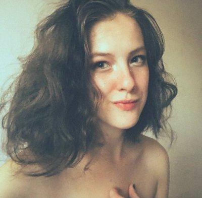 Holly_Mars