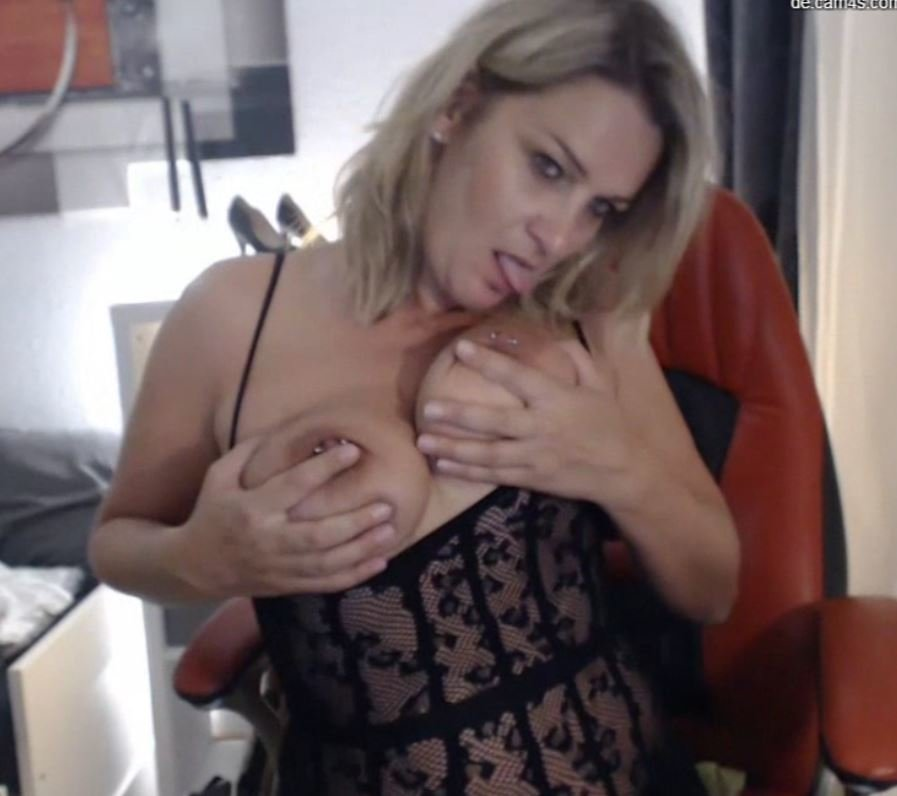 hexe40002 at StripChat