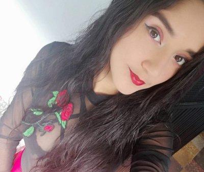 Mia_y23