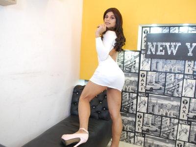 keyla_latin_hots