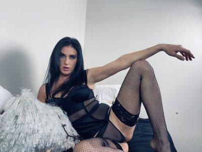 Sara_Belle
