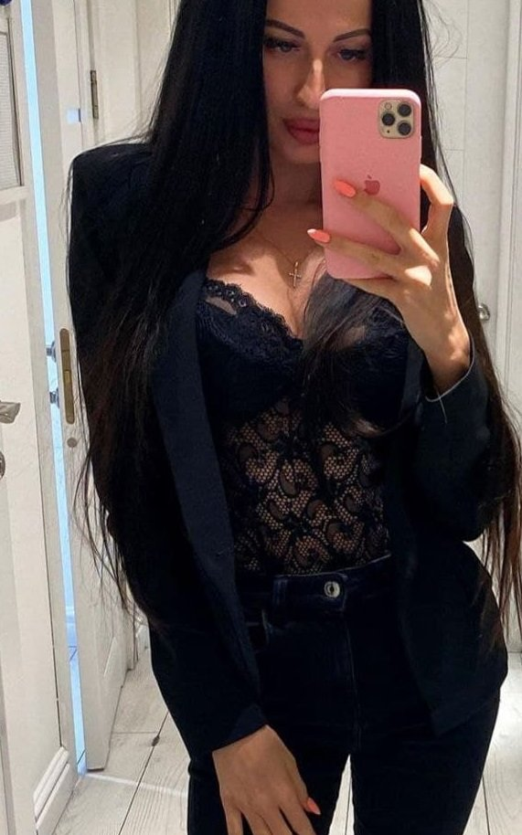 Ukrgirl1 at StripChat