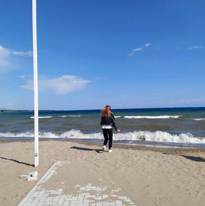 Anika_lee