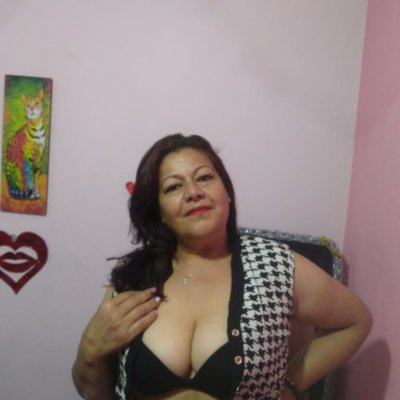 Mature_lady_7