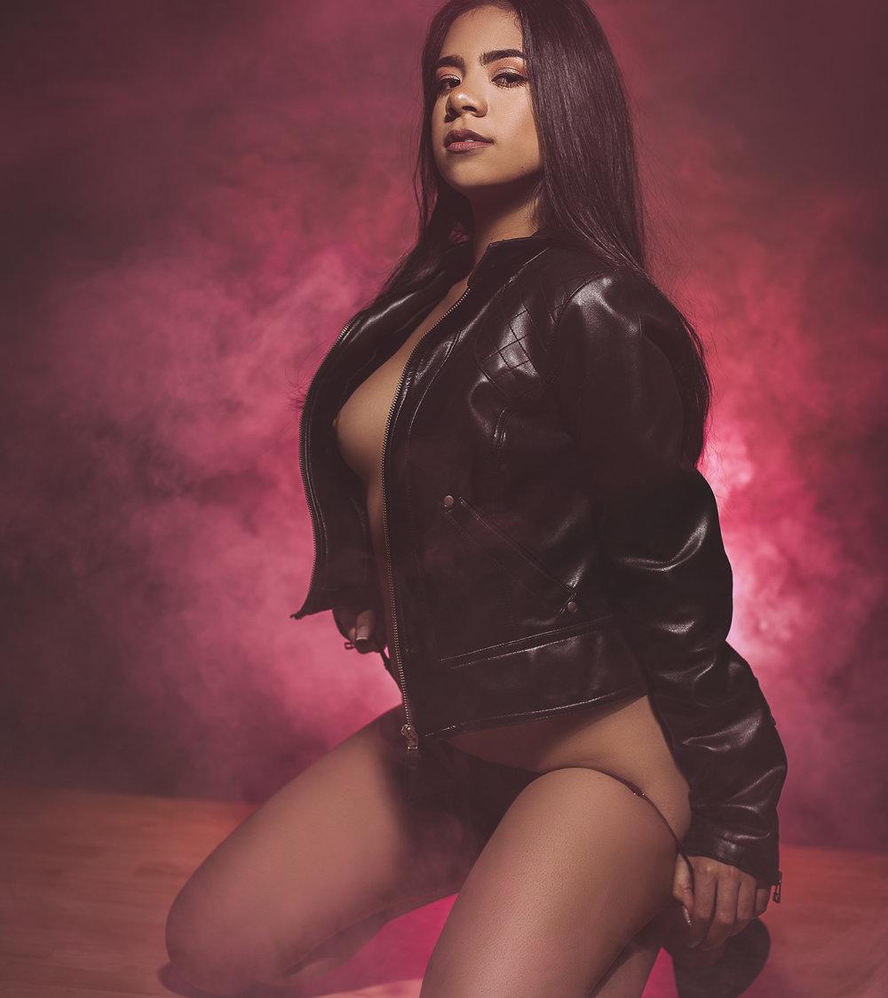 Isabella_Cruz at StripChat