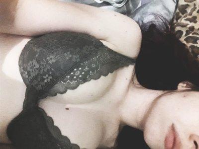 Emi_Shy_X Cam