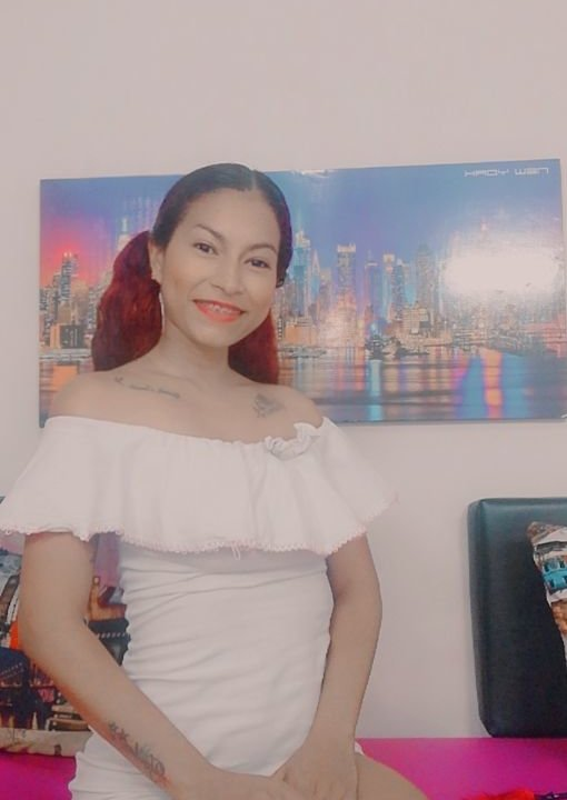 Watch Camilaweb01 live on cam at StripChat