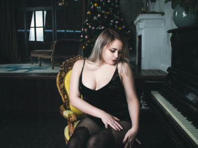 Nikki_bi