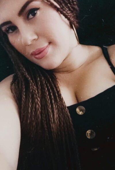Alejandra_21_
