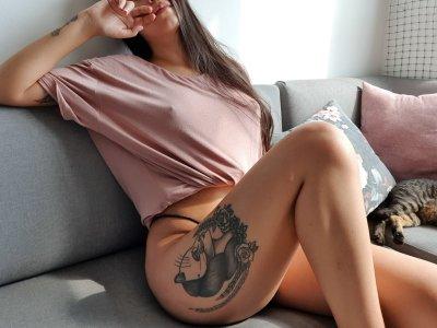 Valentinamolina_ Cam