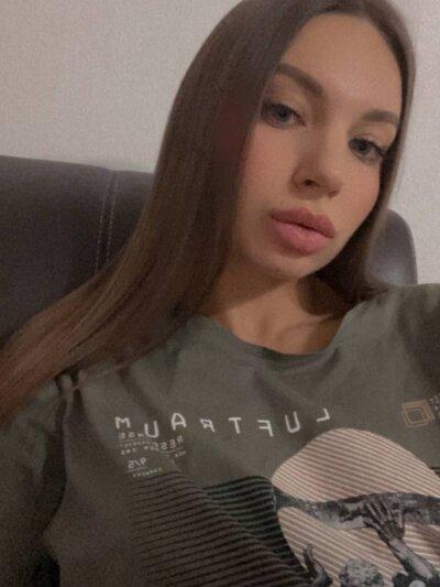 Eva__j