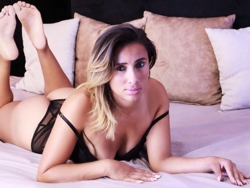 Angela_Belle at StripChat