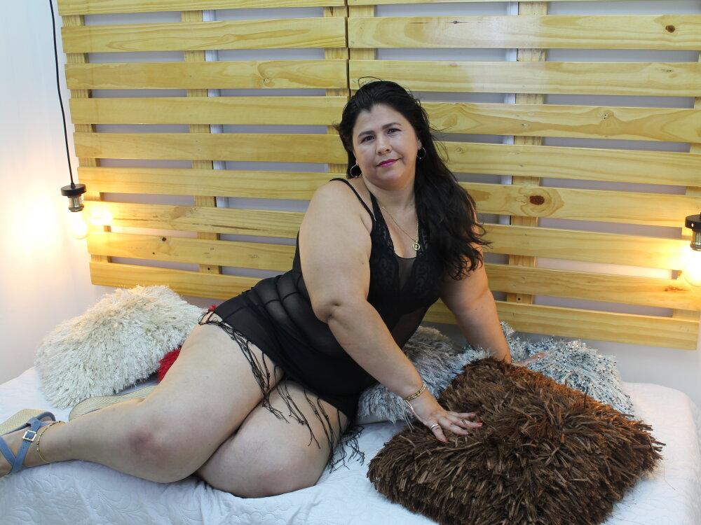 Naomi_ford at StripChat