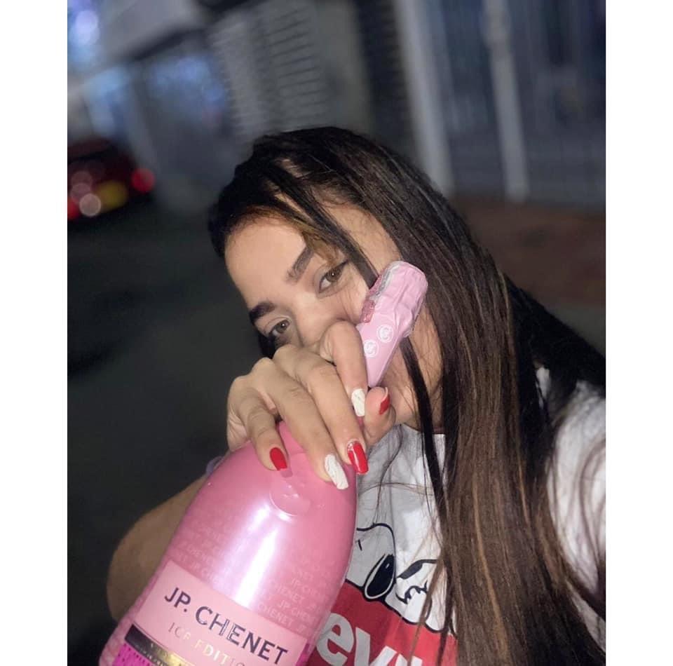 Bernarda_hot at StripChat