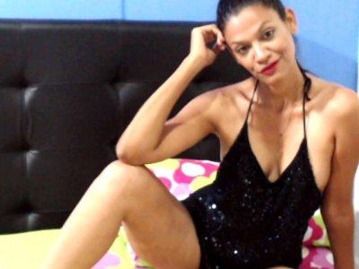 Brunettehotsexyy Live