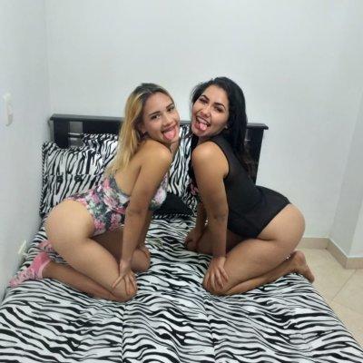 Couple_hot_girls