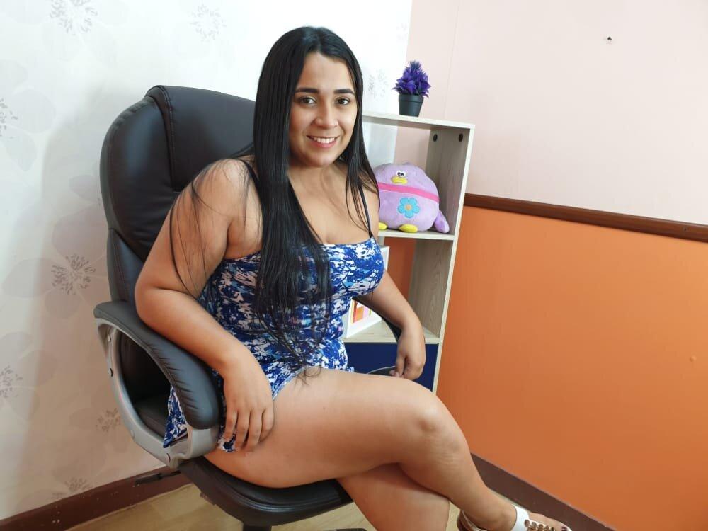 salome_flor at StripChat
