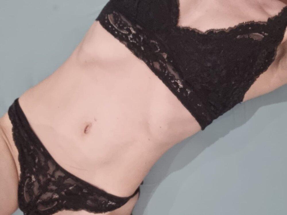 Samanthahot23 at StripChat