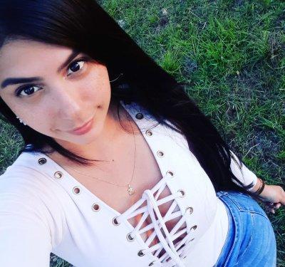 Camila_38_