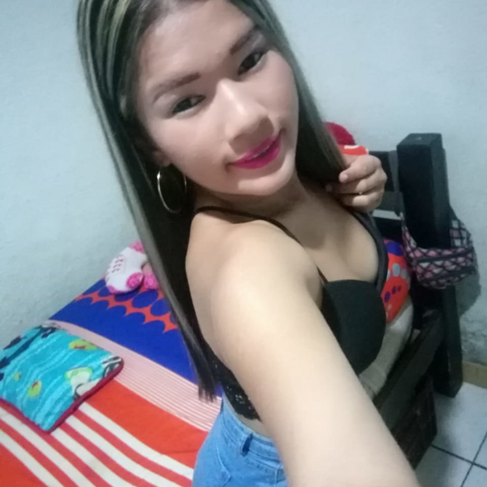 Watch tiffany_sexy1 live on cam at StripChat
