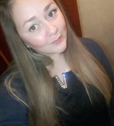 Alana_Dermott