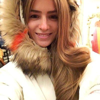 Mia_Murs