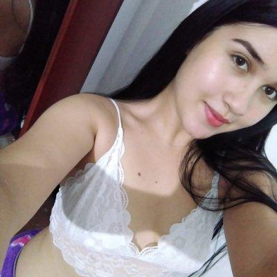 Paulina_Hot99