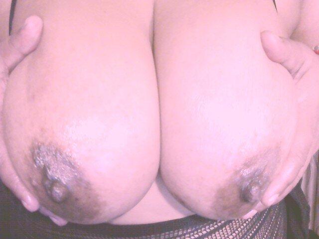 sexymenisha at StripChat