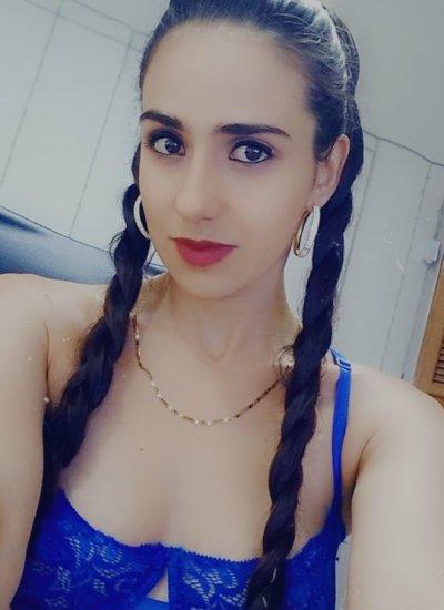 Sharon_23_