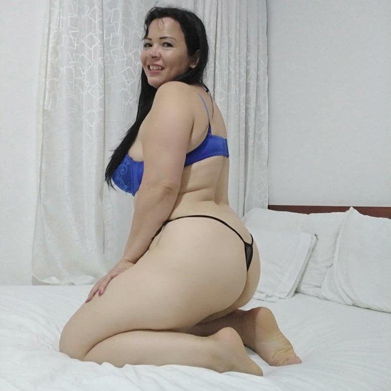 maria75 at StripChat