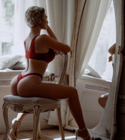 Blond_Lavisa