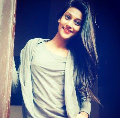Trisha_Shika25