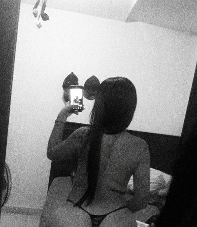 Angela_whiitte