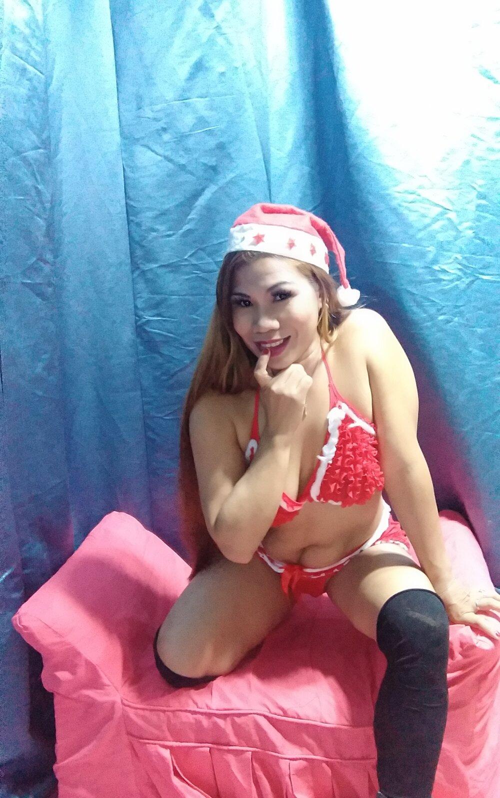 Asian_Obient_Slut at StripChat
