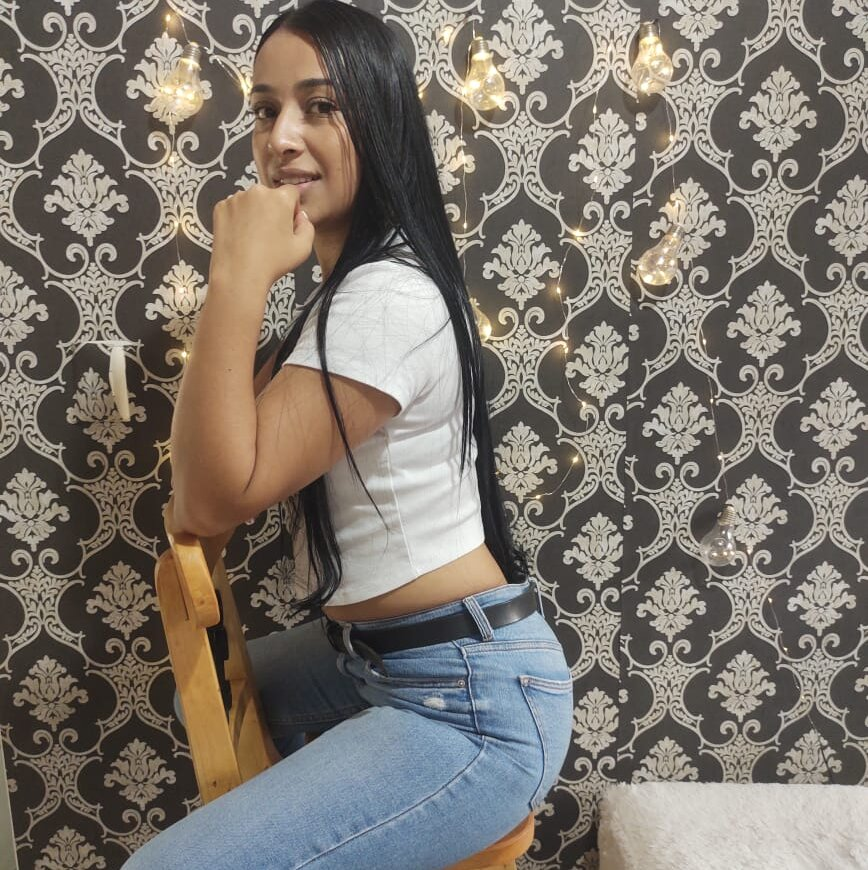 sofia_sweet_x at StripChat
