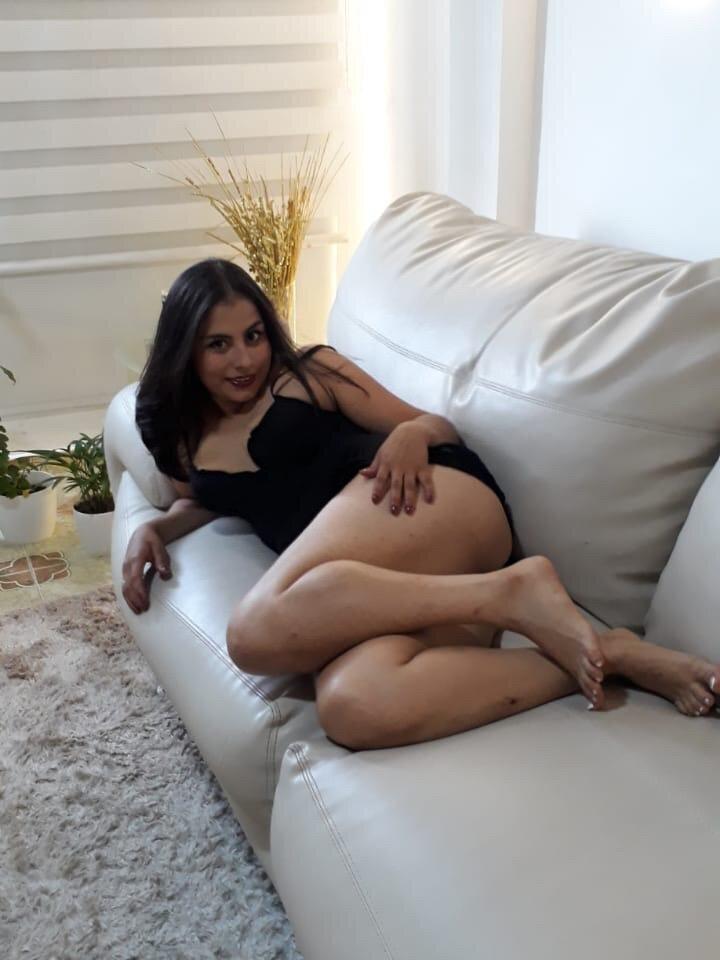Samantha-15 at StripChat