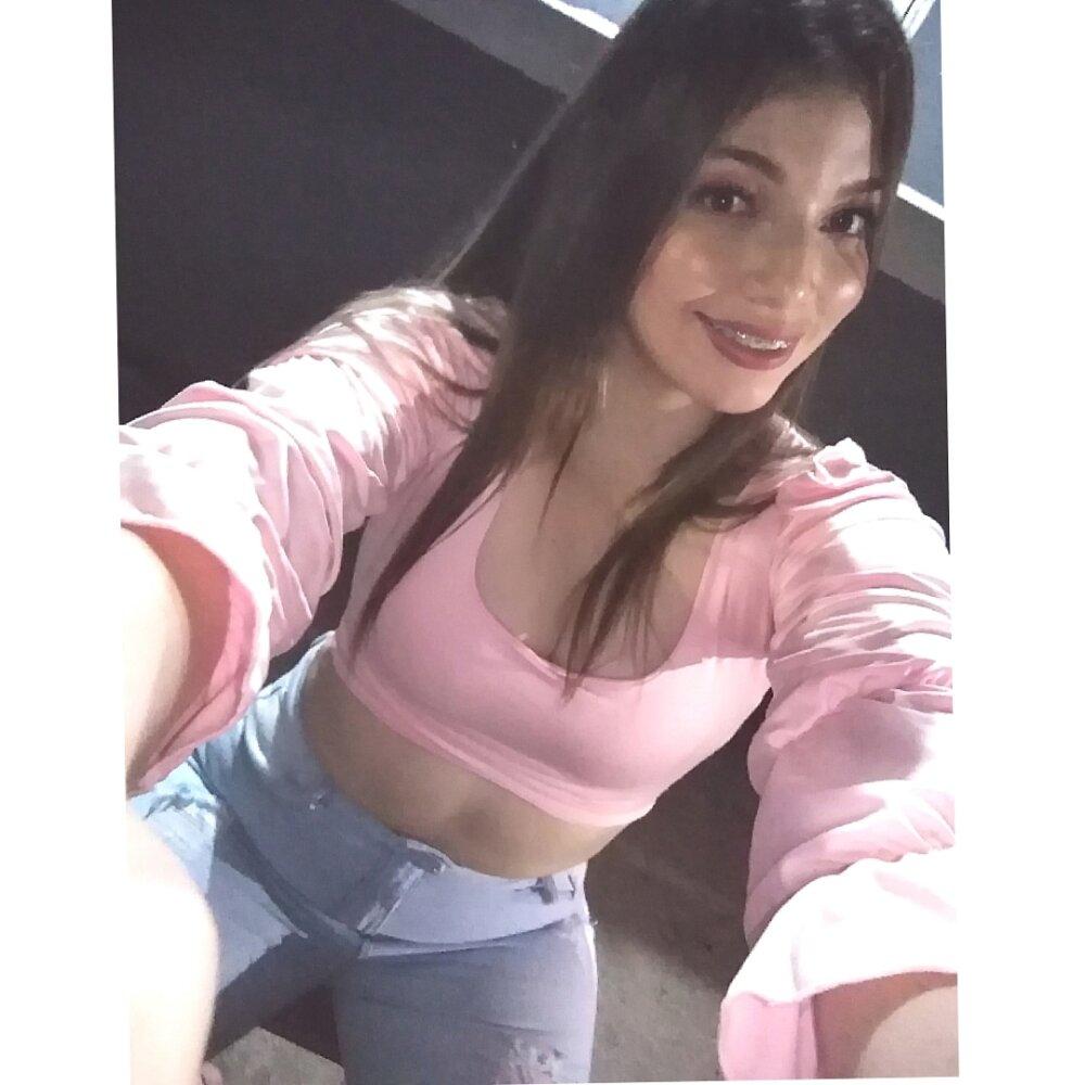 anny_alvarez at StripChat